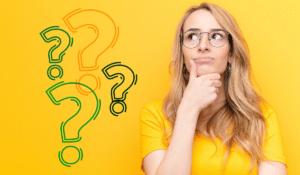 mujer se hace preguntas